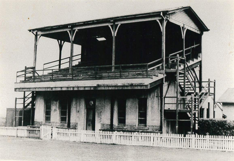 Grandstand at Brighton Beach oval, constructed 1884. Date unknown. Brighton Historical Society collection.